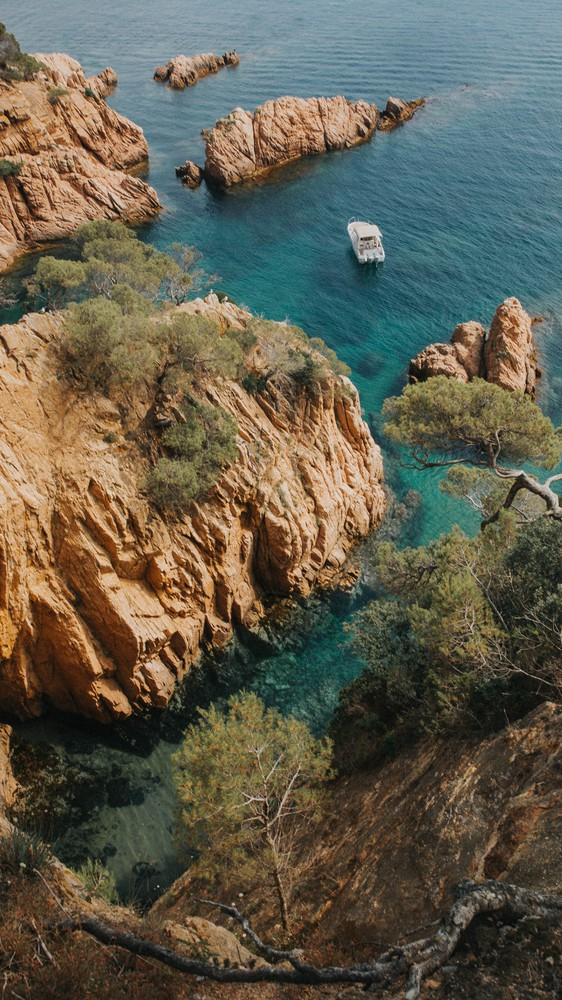 Jumping into the Costa Brava