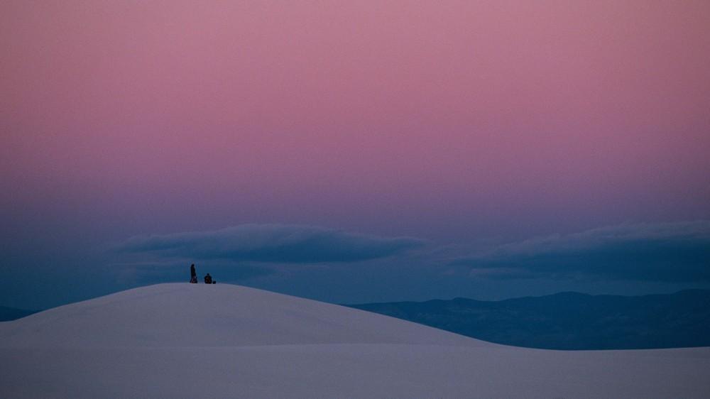 "Thomas Hoepker's ""White Sands"""