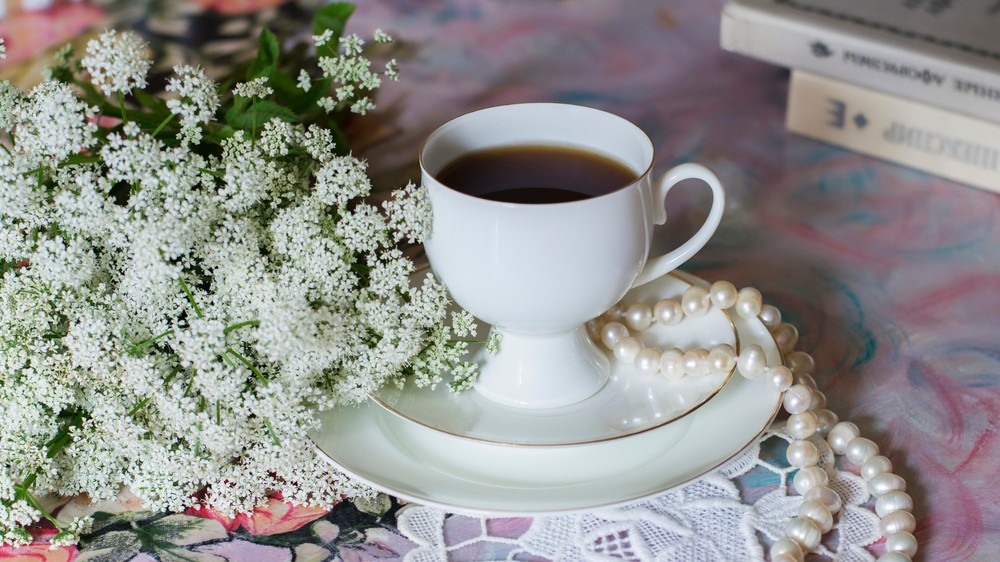 Flowers, Pearls and Tea